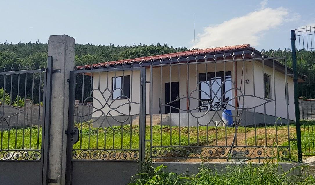Къща Добревци 75кв.м.